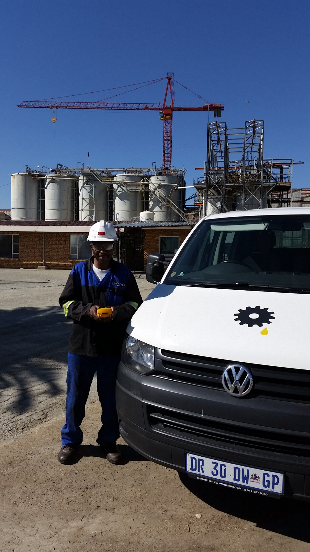 field-service_service-call-outs_fully-equipped-field-service-vehicle