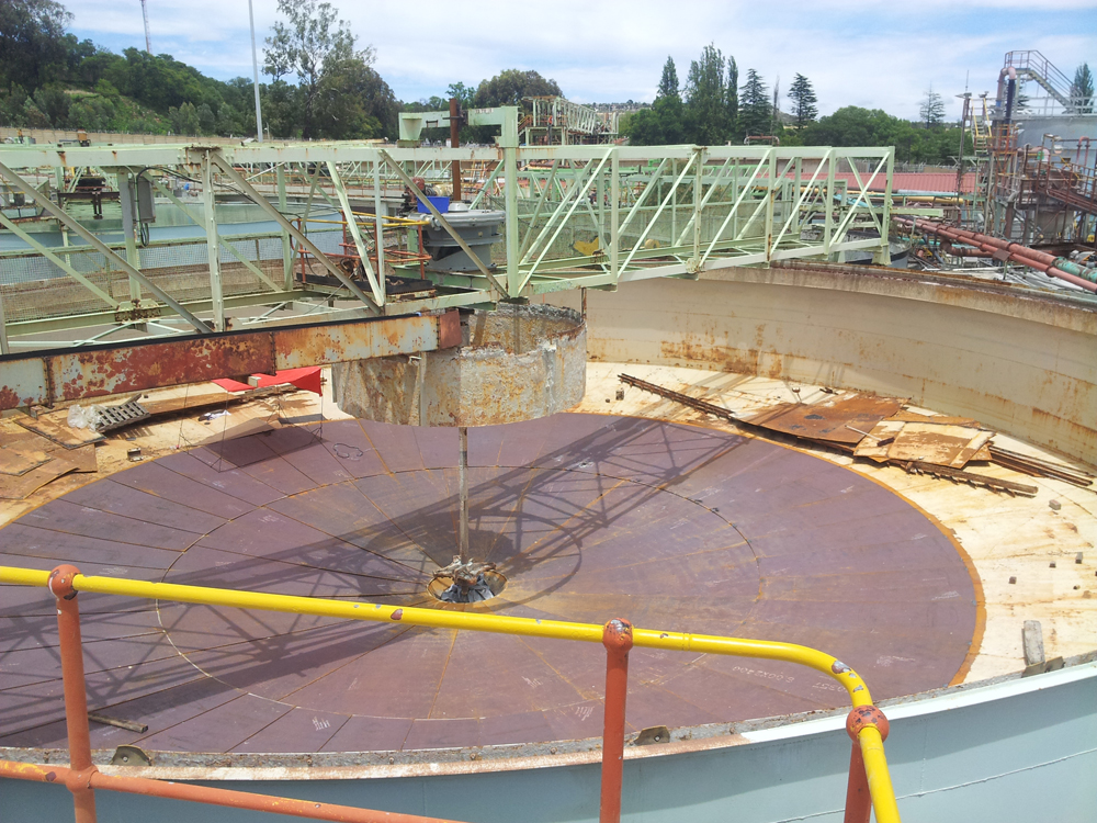 services_fabrication_tank-floor-replacement
